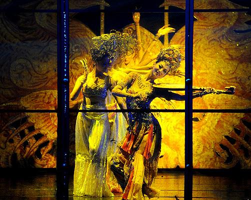 中華五千ファッション舞踊ショー