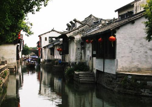 中国の古い街を探索するツアー