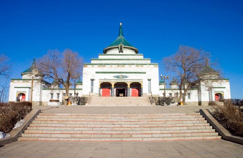 チンギスハン廟