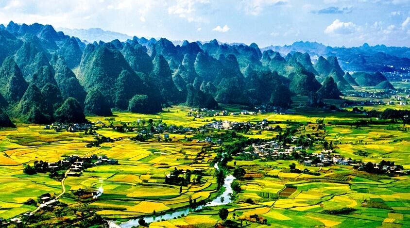 貴州万峰林と黄果樹瀑布観光 3日間